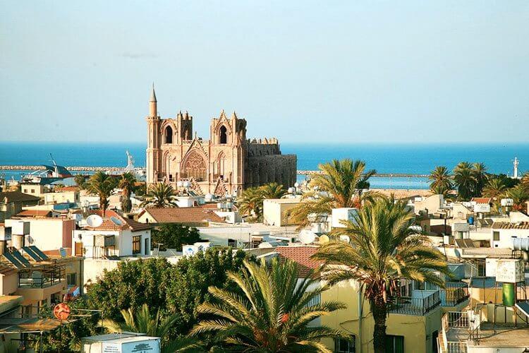 kıbrıs'a gittikten sonra yunanistan